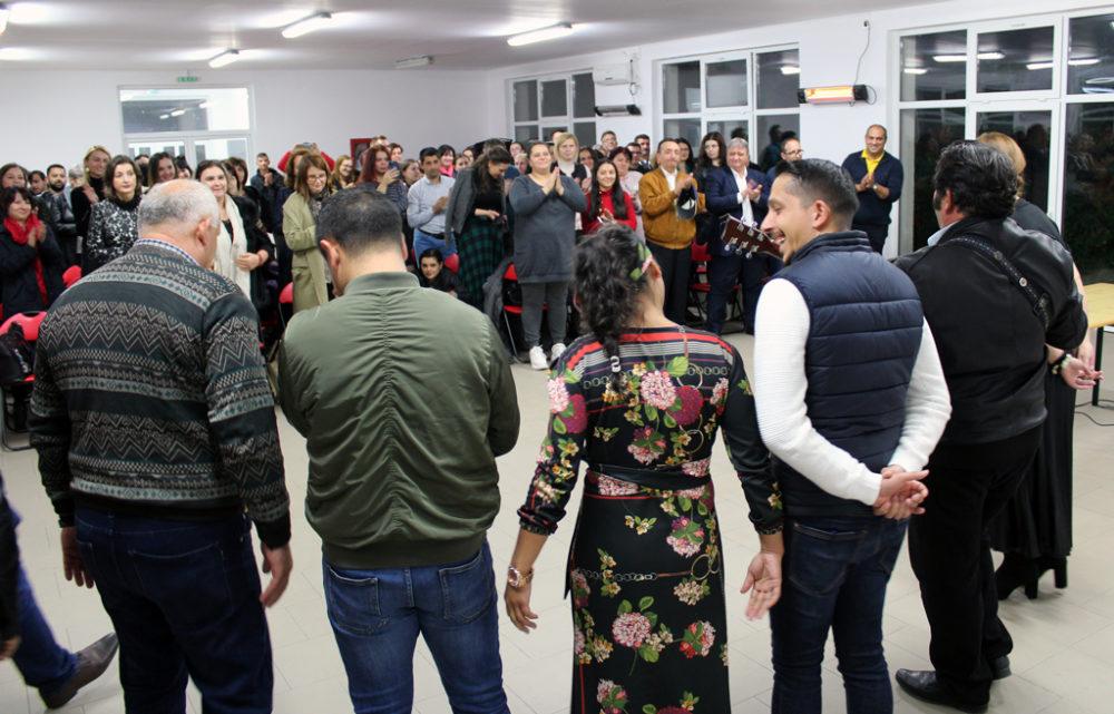 Lecție de viață și acceptare susținută de sociologul Gelu Duminică la Finteușu Mic