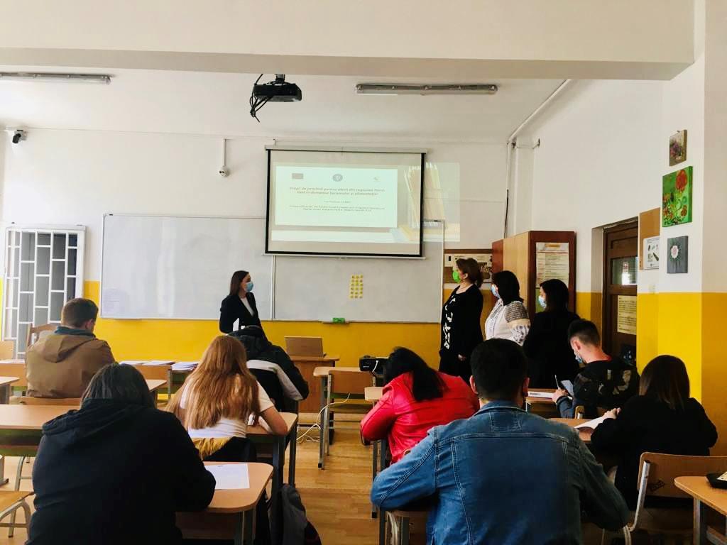 Consiliere și orientare în carieră oferite de ASSOC elevilor de la Colegiul Economic Cluj